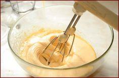 Rýchla torta zo Salka: Na jej prípravu vám postačí len 5 surovín! Icing, Desserts, Food, Food Cakes, Meal, Deserts, Essen, Hoods, Dessert