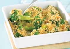 Broccoli with Parmesan Crumb recipe - Easy Countdown Recipes Steamed Broccoli, Broccoli And Cheese, Food N, Food And Drink, Crumb Recipe, Dinner With Friends, Food Obsession, Quick Meals, Parmesan