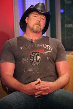 Trace Adkins: 10 Sexiest Male Country Stars of 2012