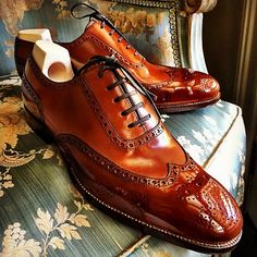 Alligator shoes and men's alligator boots, loafers, sneakers for sale, all our genuine alligator skin shoes are handcrafted by professional craftsmen. Women's Shoes, Shoe Boots, Slip On Shoes, Formal Shoes, Casual Shoes, Leather Men, Leather Shoes, Alligator Boots, Gents Shoes