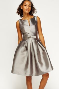 Satin Bow Puff Skater Dress - Green£5 - on Everything5pounds.com