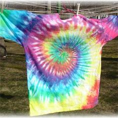 spiral tie dye pattern w/ great step by step instructions