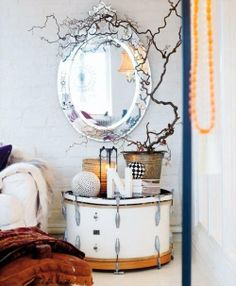 DRUM AS BEDSIDE TABLE - Common Items as Unusual Bedside Tables