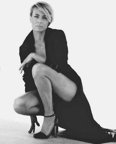 Robin Wright...love this woman, she is absolutely gorgeous. <3