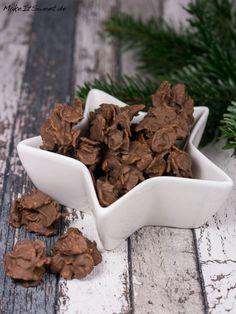 Ein schnelles und einfaches Rezept für Spekulatius Cornflakes Plätzchen mit Schokolade. Man benötigt nur drei