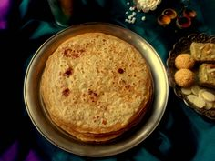 Gulachi Poli Recipe (Jaggery And Poppy Seeds Stuffed Paratha)