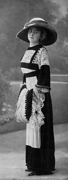 Robe d'aprés-midi, 1910