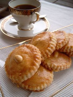 gevulde koeken - Dutch almond pastries  recipe:  http://forums.egullet.org/topic/128151-gevulde-koeken-dutch-almond-pastries/#entry1696783