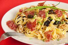 Carolines blog: Pasta met pruimen, gorgonzola en walnoten