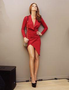 Vermelho com vermelho: Marina Ruy Barbosa aposta em look sexy para noite Classy Outfits, Casual Outfits, Girl Fashion, Fashion Outfits, Womens Fashion, Fashion Tights, Belle Photo, Types Of Fashion Styles, Spring Outfits