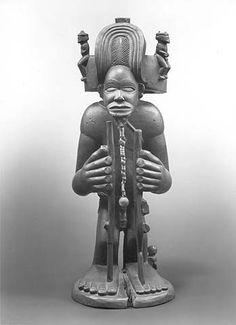 Chokwe Chibunda Ilunga Figure, Angola http://www.imodara.com/post/93904741709/angola-chokwe-chibinda-ilunga-royal-ancestor