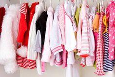 4 lucruri pentru bebe pe care le poti cumpara second hand