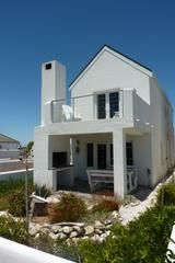 Quay West Velddrif Quay West offers upmarket self-catering accommodation just a walk from the Berg River. It is about 3 km from the seemingly endless white sand beaches on the Atlantic Ocean at Dwarskersbos. Quay West, Thing 1, White Sand Beach, West Coast, South Africa, Facade, Mansions, Bedroom, House Styles