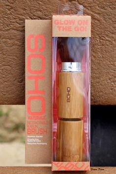 SOHO Naturals Retractable Kabuki Brush. Retail $12.99.  New in box.  SELL PRICE: $7.