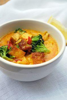 Vegaanihaaste - Tofu Curry Hot Pot