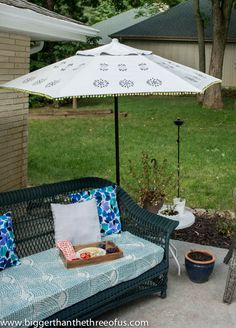 Upcycle An Old Patio Umbrella To A Beautiful Painted One!
