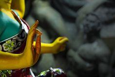 Making of the Goddess Durga at Kumortuli, Kolkata, India. #religion #hindu #bengali #westbengal #durga #kolkata #calcutta Durga Maa Paintings, Durga Painting, India Painting, Saraswati Goddess, Shiva Shakti, Durga Puja Kolkata, Maa Durga Photo, Kali Mata, Street Art Photography