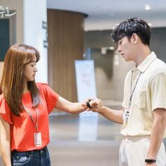 Melting Me Softly Clingy Boyfriend, Negative Words, Comedy Scenes, Drama Fever, Romantic Scenes, Feel Like Giving Up, Acting Skills, People Fall In Love, Last Episode