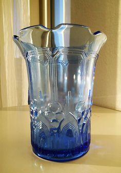 Val Saint Lambert - Luxval - Vase Cyclamen Bleu