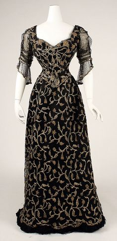 Dress (without train) Date: 1904 Culture: French Medium: silk Dimensions: [no dimensions available] Credit Line: Gift of Miss Irene Lewisohn, 1937 Accession Number: C.I.37.44.9a–d