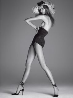 Vogue Italia Dec. 2011 - Body by Kloss by Steven Meisel Model: Karlie Kloss