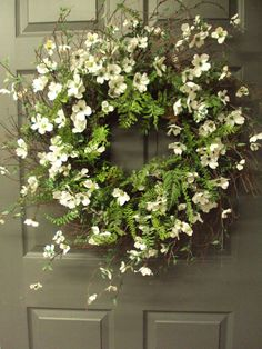 .Just lovely. When seeing this wreath upon entering the home, it re-sets your mood.