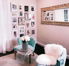 """75 mil curtidas, 247 comentários - Camila Coelho (@camilacoelho) no Instagram: """"Home office tour video is up on my Blog! Check it out✨ www.camilacoelho.com -------- E pra quem…"""""""