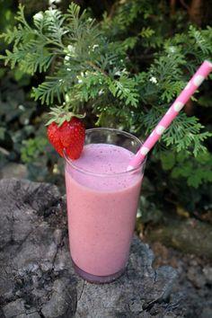 EPRES SMOOTHIE Fruit Juice, Shake, Panna Cotta, Organic, Baking, Ethnic Recipes, Food, Workout, Drinks