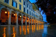Corfu', Esplanada by night. Beautiful Places To Travel, Most Beautiful Cities, Vacation Destinations, Vacation Trips, Here I Go Again, Corfu Greece, Greek Islands, Planet Earth, Outdoor Living