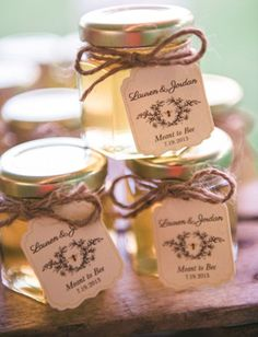 jars of honey vintage wedding favor ideas - ALSO A BEAUTIFUL IDEA!! LOVE LOVE LOVE ❤️❤️