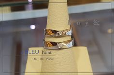 3부다이아반지 로이엔에서 샤샤샤 : 네이버 포스트 Couple Rings, Napkin Rings, Wedding Bands, Cuff Bracelets, Jewellery, Weddings, Couples, Fashion, Blue