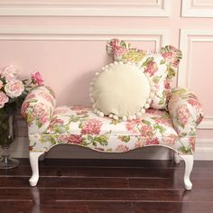 Charming Pink Rose Brooke Bench #thebellacottage