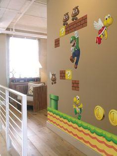 Super Mario  da http://blomming.com/mm/elzapoppin/items/sticker-murale-supermario?view_type=thumbnail