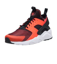 717b73703b1a  NIKE  Huarache run ultra sneaker  Low top men s shoe  Cushioned inner sole  for comfort and performance  NIKE swoosh on sides of shoe