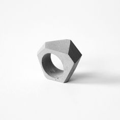 Concrete ring TTSF Designed and manufactured by STUDIO MONDOCUBO Distributed by ORTOGONALE