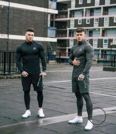 Quick Dry Compression Shirt Long Sleeves T shirt Plus Size Fitness Clo – myshoponline.com Fitness Outfits, Fitness Fashion, Fitness Clothing, Workout Outfits, Men's Fashion, Fitness Man, Estilo Fitness, Plus Size Workout, Mens Clothing Styles