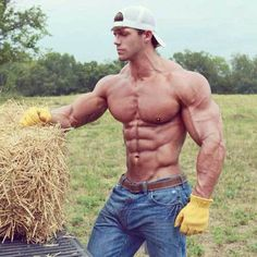 When creating their bodybuilding diet, many bodybuilders have issues with the the choice of bodybuilding foods to eat.Here is a bodybuilding foods list that Crossfit Girls, Motivation Sportive, Fitness Inspiration, Workout Inspiration, Muscle Guys, Build Muscle, Hot Country Boys, Farm Boys, Fitness Man