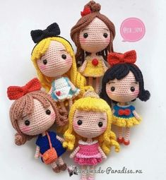 Mesmerizing Crochet an Amigurumi Rabbit Ideas. Lovely Crochet an Amigurumi Rabbit Ideas. Crochet Gifts, Cute Crochet, Crochet Baby, Crochet Poncho, Crochet Patterns Amigurumi, Amigurumi Doll, Knitted Dolls, Crochet Dolls, Crochet Mignon