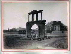 Αθήνα, Η πύλη του Αδριανού, 1880