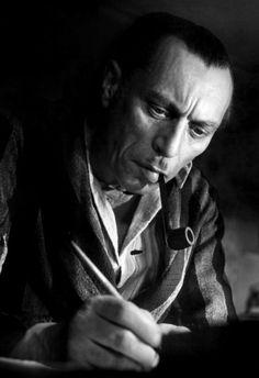Louis Jouvet in Quai des Orfèvres French Movies, Classic Movies, Lauren Bacall, Cary Grant, Thomas Man, Gerard Philipe, Bernardo Bertolucci, Saint Yves, Jean Luc Godard