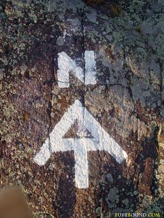 trail blazing - Appalachian Trail marker