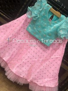 Lehanga kids Source by Blouses Kids Party Wear Dresses, Kids Dress Wear, Kids Gown, Dresses Kids Girl, Kids Wear, Kids Outfits, Girls Frock Design, Kids Frocks Design, Baby Frocks Designs