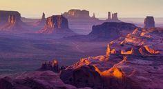 Monumental panorama, Hunt's Mesa, Utah