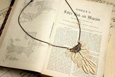 lace necklace ANASTASIA vintage ecru tinaevarenee on Etsy