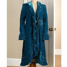 I love this coat, it's color, style and fabric.  I would defenitely wear this coat.