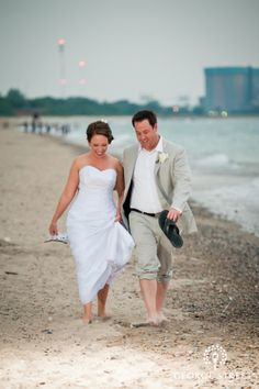 Beach weddings inspiration. <3