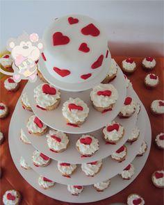 Torre de cupcakes para Casamento - Quero Cupcakes - Onde Comer em Salvador