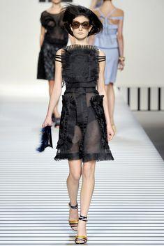 Fendi Spring 2012 Ready-to-Wear Fashion Show - Jacquelyn Jablonski