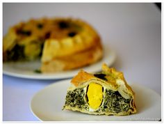 Placinta pascala cu spanac si ricotta | www.ifyoulovecooking.com Spanakopita, Ricotta, Food Pictures, Cooking, Ethnic Recipes, Kitchen, Brewing, Cuisine, Cook