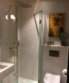 Pareti doccia e bagno realizzate con il rivestimento naturale ClayStone pigmento colore Perle di ClayLime